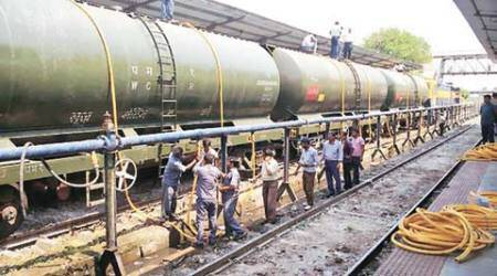 latur, latur water, latur water train, water train latur, sangli, sangli water train, maharashtra, maharashtra water train, maharashtra news, india news