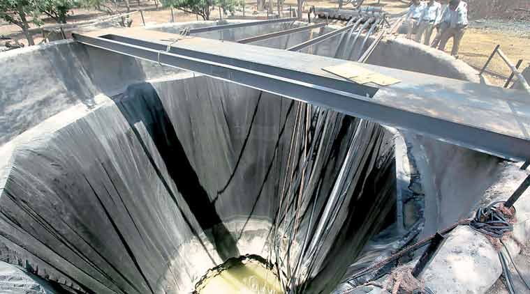 The well near the Latur station. where water from the water train is emptied, can hold 17 lakh litres.