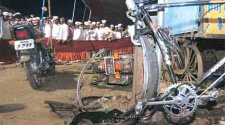 Malegaon blast case: ATS cited Sadhvi's phone call, strategy meeting and a bike, NIA rejected all