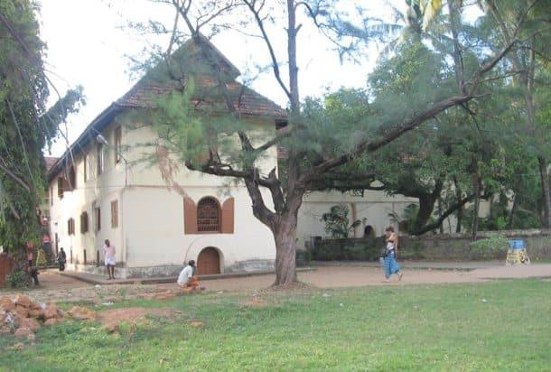 World Heritage Day, UNESCO's World Heritage List, World Heritage Sites, golden temple, taj mahal, sarnath, hoysala, mandu, konark, golconda fort, charminar, cellular jail,