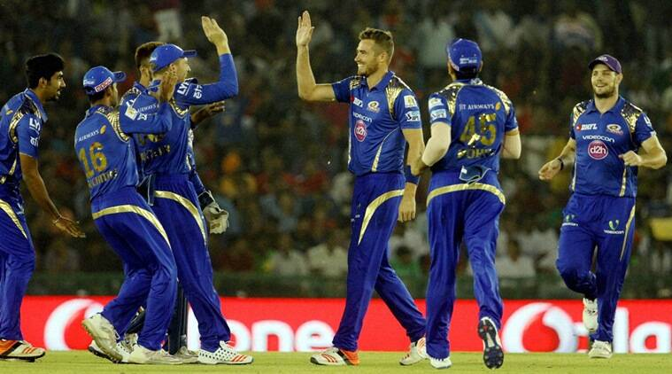 KXIP vs MI, Kings XI Punjab vs Mumbai Indians, Mumbai Indians vs Kings XI Punjab, MI vs KXIP, Punjab vs Mumbai, Mumbai vs Punjab, Glenn Maxwell, Parthiv Patel, Parthiv, Maxwell, Cricket