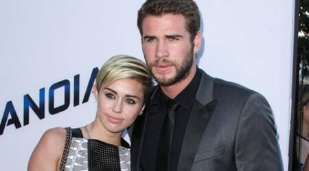 Miley Cyrus' father to be the officiant at the wedding