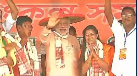 PM Narendra Modi prays at Kamakhya temple on first day of Navratri