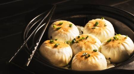 25 taken ill after eating momos in Delhi