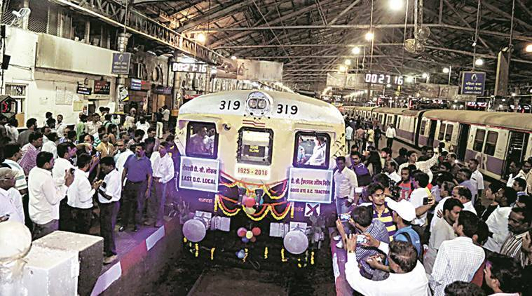 Train Start Kurla To CST Grand Farewell to Last DC Local After 91 Year of Service to Mumbai -Express Photo by Dilip Kagda