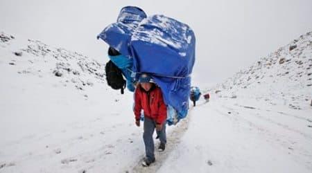 Everest avalanche, mount everest climbers, nepal economy, nepal mountain climbing, everest base camp, everest climbing 2016, sherpas of nepal, nepal news, world news