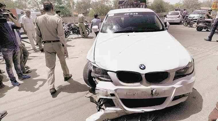 hit and run case, BMW hit and run case, noida hit and run case, noida accident, BMW accident, BMW accident case, man dies, safdargunj hospital, delhi BMW accident, adobe crossing accident, Adobe crossing noida hit and run case, india news, delhi news