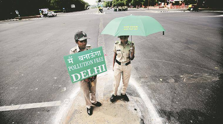 Empty roads on the first day of Odd-Even formula in New Delhi on Friday. EXPRESS PHOTO BY PRAVEEN KHANNA 15 04 2016.