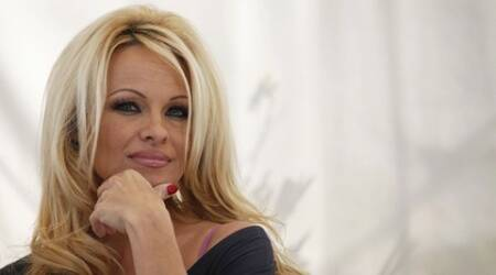 Pamela Anderson launches vegan cooking show