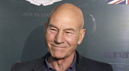 Patrick Stewart dresses up as a woman for event