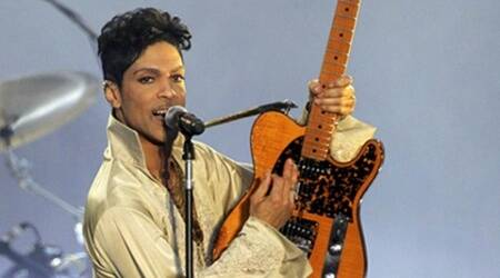 U.S. musician Prince performs for the first time in Britain since 2007 at the Hop Farm Festival near Paddock Wood, southern England July 3, 2011.  REUTERS/Olivia Harris/File Photo      TPX IMAGES OF THE DAY