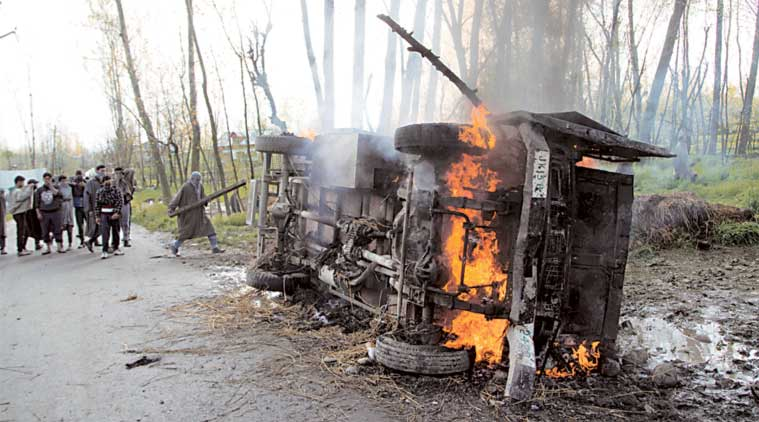 J&K encounter, J&K terrorist encounter, Hizbul Mujahideen militants, Hizbul Mujahideen, militants, militants encounter, Jammu and Kashmir encounter, Kashmir protests, Shopian encounter, JK Shopian encounter, india news