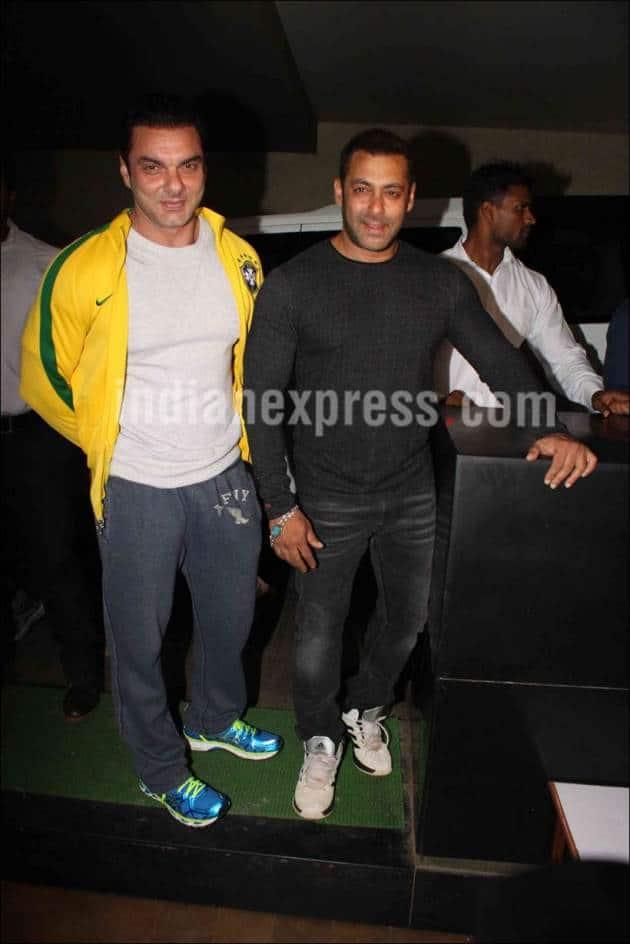 Salman Khan, The Jungle Book, Salman, Sohail Khan, Sohail, Salman Watch the Jungle Book, Salman Khan the Jungle Book, Salman Khan the Jungle Book Screening, Salman the Jungle book screening, Entertainment news