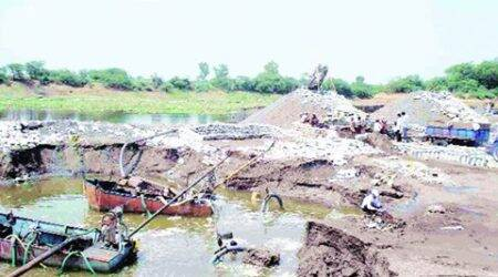 Pune: Indapur tehsildar's vehicle intercepted by sand mafia during chase, twoheld