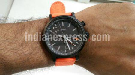 Timex Metropolitan+ Review: Analog fitness watch with unbeatable battery life