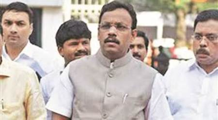 Exempt students from NEET this year, Vinod Tawde tellsCentre