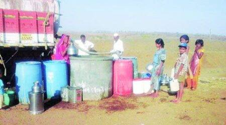 Rajkot facing acute water shortage, Congress corporators gherao city mayor