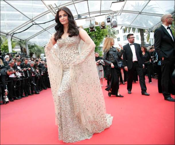 Aishwarya Rai Bachchan, Aishwarya Rai Bachchan Cannes, Aishwarya Rai Cannes, Aishwarya cannes, Cannes, cannes 2016, cannes film festival, Aishwarya Rai Bachchan red carpet, Aishwarya Rai red carpet, Aishwarya red carpet, Aishwarya Rai cannes red carpet, Aishwarya cannes red carpet, Aishwarya cannes 2016, Aishwarya Rai cannes 2016, Entertainment news