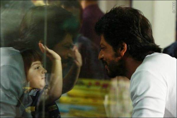 shah rukh khan, abram, abram birthda, abram third birthday, happy birthday abram, abram age, abram shah rukh khan