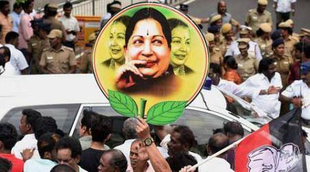 Jayalalithaa bucks anti-incumbency trend, writing on wall at her huge rallies