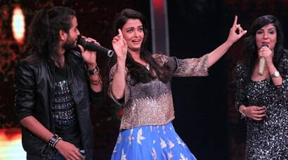 Aishwarya Rai Bachchan does bhangra on Sa Re Ga Ma Pa sets, see pics