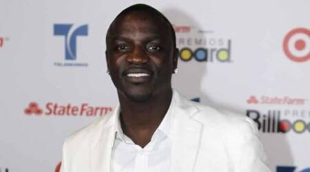 Akon does not think giving charity to Africaworks