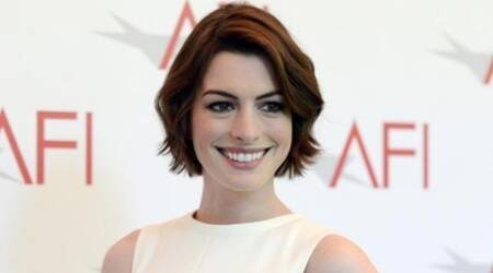 Anne Hathaway clears up unintentional shade for Kardashians meme