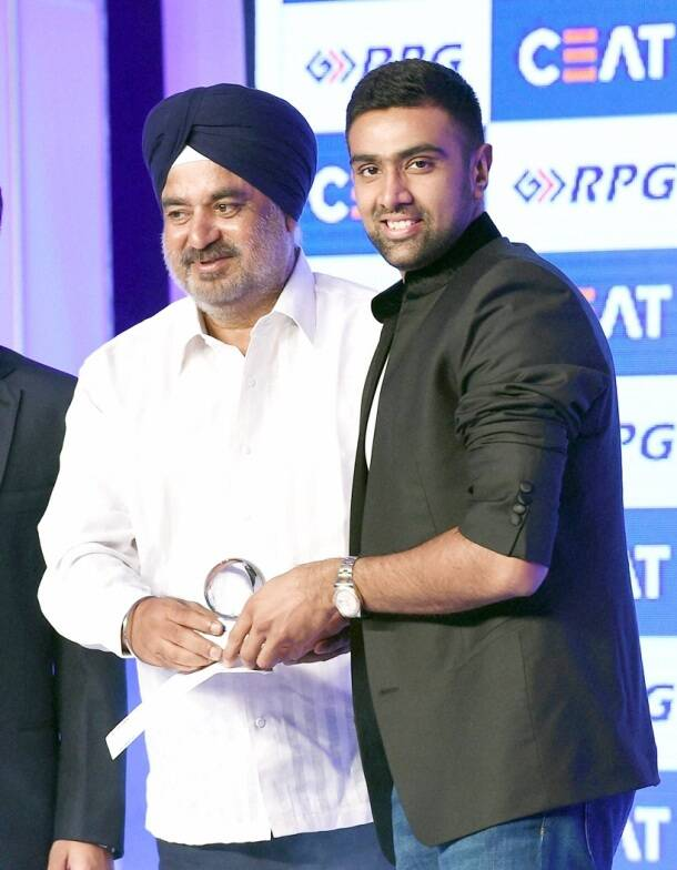 Ravi Ashwin, Ravichandran Ashwin, R Ashwin, Ashwin, Ashwin bowling, Ashwin awards, CEAT Bowler of the year, Cricket awards, Cricket
