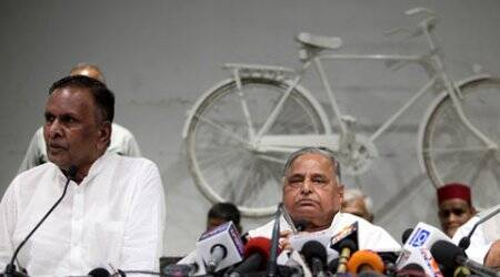 Had told Rahul Gandhi it was difficult for me to speak against Akhilesh: Beni Prasad Verma