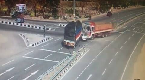 Hyderbad car accident, Nizambad car accident, car accident andhra, telengana car accident, telangana news, andhra news, india news, car accident hyderabad