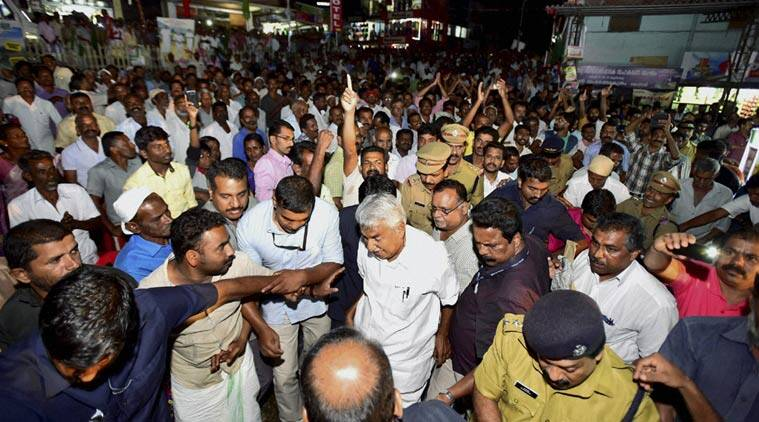 oommen chandy, oommen chandy poll campaign, udf kerala. kerala elections, kerala assembly polls, kerala polls, chandy polls, chandy elections, latest news