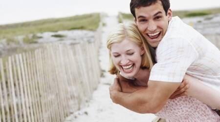 Men prefer women to make the first move in dating:Study