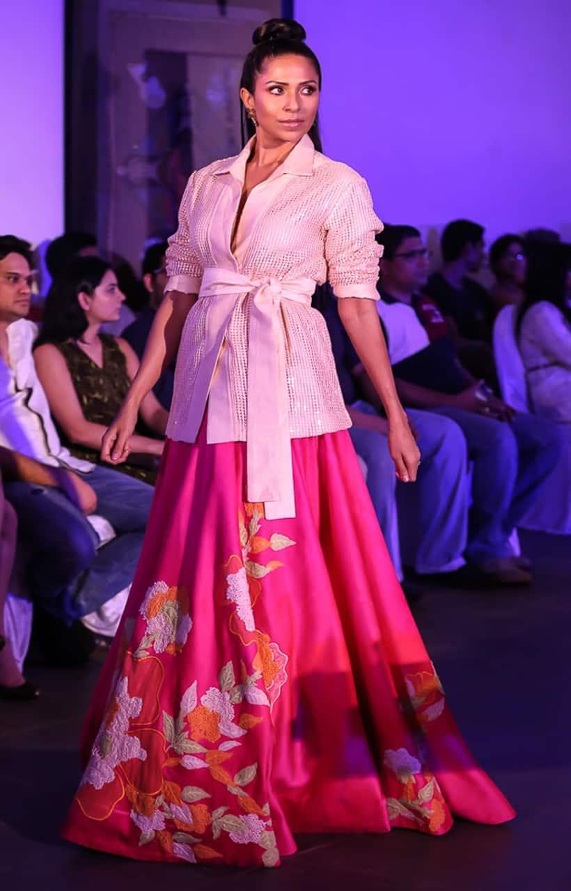 eb2770fb5f82 designer wear, fashion show, fashion trends, Neeta Lulla, India Beach  Fashion Week