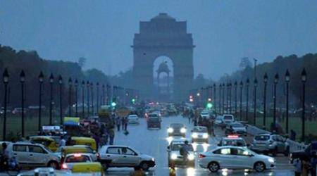 Delhi wakes up to a cool morning after rain, thunderstorm bring down mercury