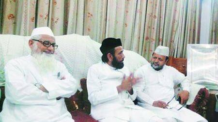 Deoband, Barelvi clerics meet, talk unity against 'common enemy'