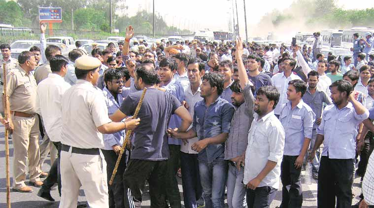 diesel taxi, ban on diesel taxis, drivers protest, Supreme Court ban on diesel taxis, switch to CNG, new delhi, delhi news, india news, latest news,