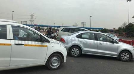 Protests continue at DND, NH8; traffic comes to astandstill