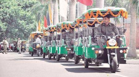 Obstructing movement of e-rickshaws, bicycles in Non-Motorised Vehicle lanes to attract finesoon