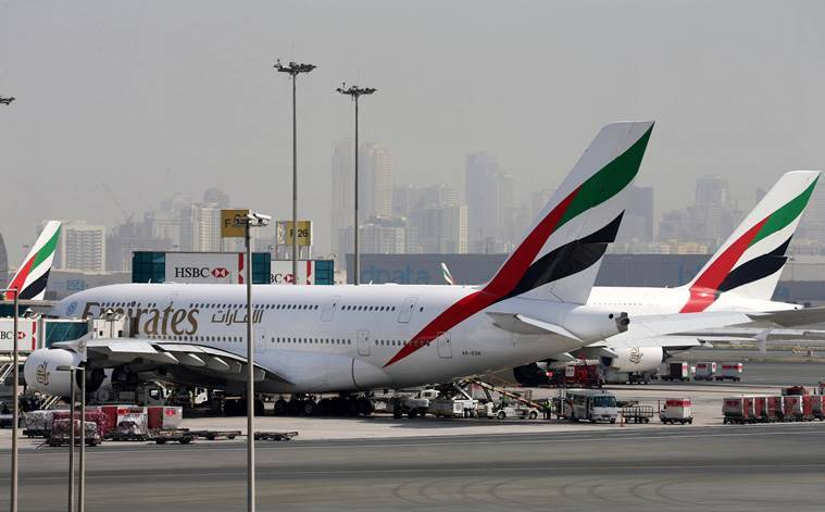 Dubai, emirates, emirates airlines, emirates crash landing, emirates airlines crash, emirates airlines crash landing,  dubai flight crash, emirates flight crash videos, dubai plane crash news