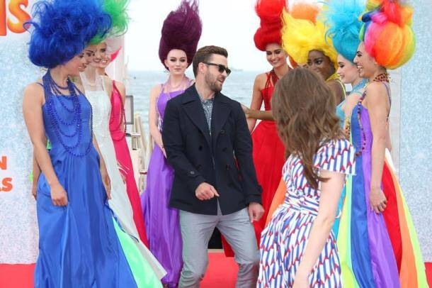 CAnnes 2016, Cannes, cannes film festival, cannes 2016 day 1, 69th Cannes Film Festival, cannes 2016 opening ceremony, woody allen, Kristen Stewart, Blake Lively, Jesse Eisenberg, Corey Stoll, Justin Timberlake, Anna Kendrick, Kirsten Dunst, Laszio Nemes, Vanessa Paradis