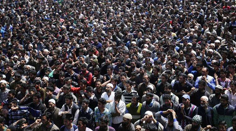 Funeral procession of Hizb-ul-Mujahideen militant in Pulwama, some 35 km south of Srinagar. (Source:Express Photo by Shuaib Masoodi)