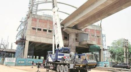 Gurgaon: 3 injured as girder collapses at Rapid Metro constructionsite