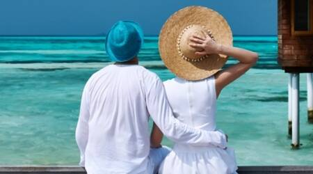 Want to have better sex on holiday? Leave your phone athome