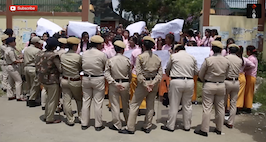 Imphal Students Protest The Arrest of Students Who Stormed Political Party Offices