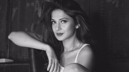 Jennifer Winget photos