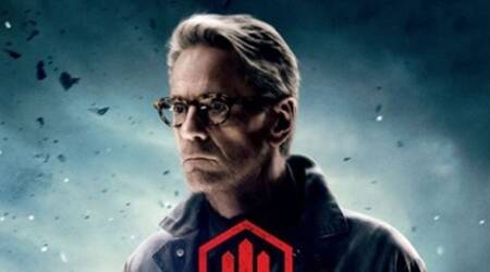 Jeremy Irons to return as Alfred in 'JusticeLeague'