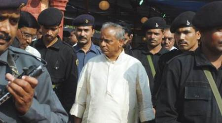 Tricolour must for varsities: RajasthanGovernor