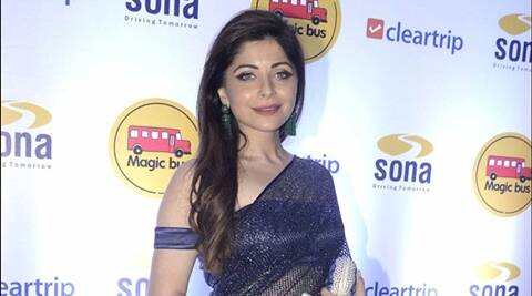 Kanika Kapoor new song Beti, croons for cause of girl ...