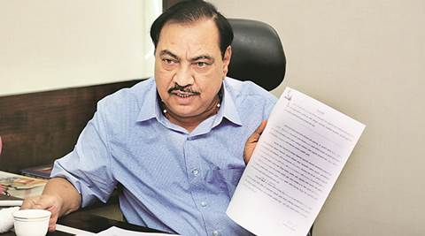 maharashtra, Maharashtra Revenue Minister, eknath khadse, MIDC, corruption case, eknath khadse corruption case, Land Acquisition Act, maharashtra government, khadse wife, khadse family, land scam, whistleblower, khadse case whistleblower, khadse land scam, abbas ukani, Subhash Desai, Hemant Gawande, pune builder accused, indian express news, india news, latest news