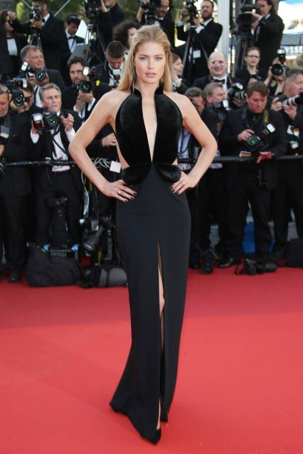 Cannes 2016 red carpet: Julia Roberts goes barefoot, Susan Sarandon looks stunning on Day 2, see pics
